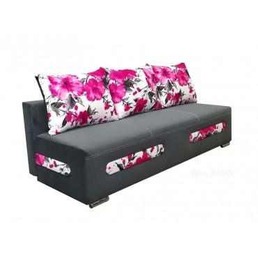 Rozkładana kanapa w kwiaty...