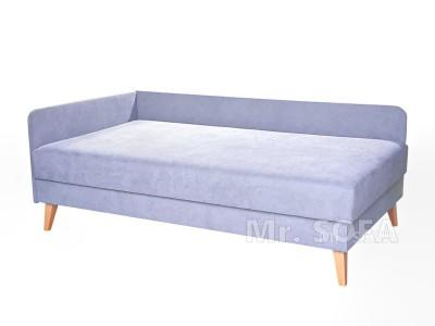 łóżko jednoosobowe na wysokich nóżkach