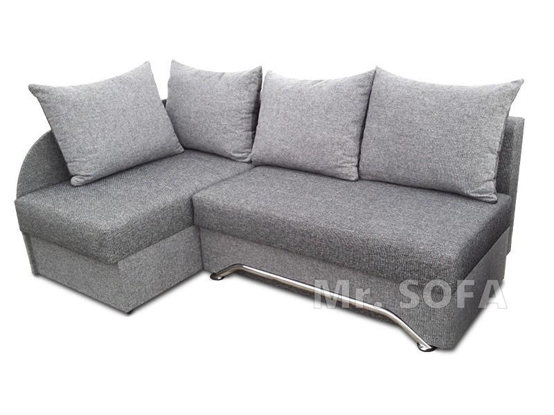 Mini narożnik do małego pokoju z poduszkami
